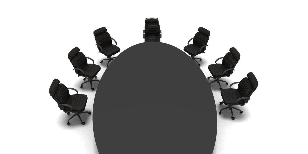 Wybór firmy raportowej – odpowiedzialność za powierzone towary